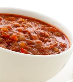 Chili beans are beans prepared in a spicy Latin American sauce. Traditionally served with meat, chili beans can also be made. Banting Recipes, Fodmap Recipes, Cooking Recipes, Healthy Recipes, Easy Recipes, Banting Diet, Savoury Mince, Ground Beef Chili, Chili Con Carne