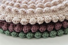 filihunkat - grydelapper Crochet Potholders, Crochet Motif, Crochet Stitches, Knit Crochet, Crochet Stars, Crochet Decoration, Crochet Books, Beautiful Crochet, Rugs