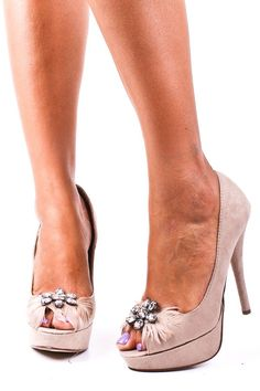 Peep Toe Heels with a bit if sparkle and feathers. Cute for a wedding, prom, homecoming, or other formal event.