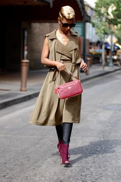Sleeveless Trench  I'M WEARING:  Sleeveless Lapel Vest|F21 Faux Leather Leggings|Express Booties|COACH wristlet|Sunglasses