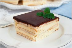Milky way cake on biscuits without baking. Milky mass postponed biscuits with chocolate coating on top. Milky Way Cake, Chocolate Coating, Tiramisu, Biscuits, Cheesecake, Sweets, Make It Yourself, Baking, My Love
