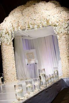 Combine Classic And Contemporary Wedding Reception Decoration Styles - crazyforus Mod Wedding, Wedding Tips, Wedding Events, Dream Wedding, Wedding Ceremonies, Weddings, Wall Of Roses, Kim Kardashian Wedding, Flower Wall Wedding
