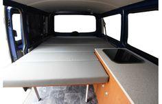 5. Heckmodul mit Bettfunktion und Stauraum VW T5 Innenansicht Liegefläche