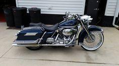 Harley Davidson News – Harley Davidson Bike Pics Harley Bagger, Harley Davidson Trike, Bagger Motorcycle, Harley Bikes, Cafe Racer Motorcycle, Harley Davidson Street, Hd Motorcycles, Vintage Motorcycles, King Beach