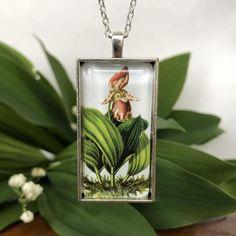 Carnivorous Plant necklace | Etsy Carnivorous Plants, Botanical Illustration, Orchids, Pendants, Pendant Necklace, Chain, Christmas Ornaments, Holiday Decor, Etsy