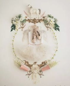 anna church art for baby nurseries - Lay Baby Lay Chur, Photo Arrangement, Childrens Bedroom Decor, Anna, Nursery Inspiration, Creative Inspiration, Creative Ideas, Design Inspiration, White Horses
