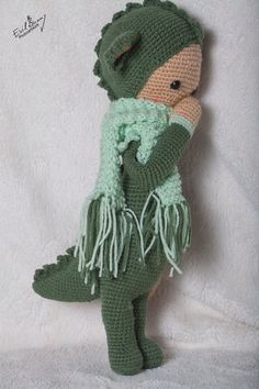 DIRK the dragon made by Mareike B. / crochet pattern by lalylala
