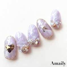 Lavender-N-Gold Glam nails