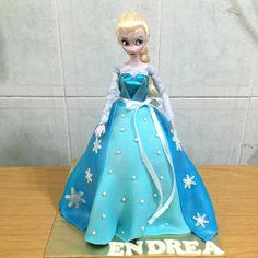 Life is too short, eat desserts: Frozen- Princess Elsa Doll Cake