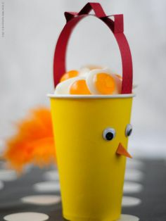 chicken cups--great for holding snacks 12th Birthday, Birthday Parties, Birthday Ideas, Ikea Kids, Ikea Children, Outdoor Activities For Kids, Party Themes, Party Ideas, Easter Crafts