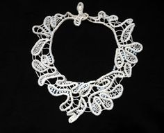 Etsy の Romanian point lace necklaceneedle lace by Pamphylian