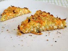 Finom zöldséglepény cukkiniből és sárgarépából egy kevés túróval és tojással összefogva gyorsan, egyszerűen. Akár ebédre, akár vacsorára kitűnő...