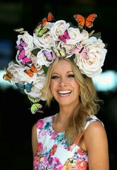the 32 best hats at Royal Ascot the 32 best hats at Royal Ascot An ethereal arrangement of fluttering femme that truly makes a statement and is distinctly one of a kind. This headpiece is designed so that you can wear it as is or customize the des. Crazy Hat Day, Crazy Hats, Kentucky Derby Fashion, Kentucky Derby Hats, Fascinator Hats, Fascinators, Headpieces, Millinery Hats, Royal Ascot Hats