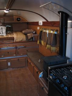Nice 35 Brilliant Camper Van Conversion for Perfect Outdoor Experience http://homiku.com/index.php/2018/02/26/35-brilliant-camper-van-conversion-perfect-outdoor-experience/