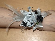 Google Image Result for http://www.silkbridalflowersbolton.co.uk/upload/products/lg_412.jpg