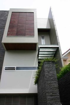 ENTRY architect by : Julio Julianto Cubic Architecture, Amazing Architecture, Architecture Details, Interior Architecture, Modern Exterior, Exterior Design, Interior And Exterior, Contemporary Building, Contemporary Architecture