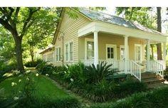 historic_acadian_cottage_in_old_mandeville_