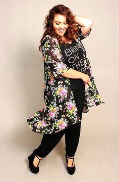 The Dangerous Mezzo: Plu size DIY Kimono, sewing without a pattern Diy Clothes Kimono, Sewing Clothes, Kimono Fashion, Diy Fashion, Clothing Patterns, Dress Patterns, Sewing Patterns, Kimono Sewing Pattern, Plus Size Kimono