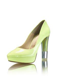 f8b64210388d LO - Luis Onofre. Mariana Pereira · fashion feet