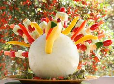 This Fresh from Florida Veg-a-Bird is super cute and fun to make. Kids can help in the design process and it can be a fun way to introduce new fruits and vegetables to them. They can find that learning can be fun...and tasty!  http://fffkids.wordpress.com/2011/11/15/fresh-from-florida-veg-a-bird