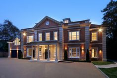 Outside lighting to the front courtyard of this Neo-classical style Surrey mansion Exterior House Lights, Dream House Exterior, Exterior Lighting, Bungalow Exterior, Outside Lighting Ideas, House Plans Uk, Architectural Lighting Design, Mansion Designs, Balcony Railing Design