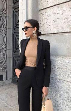 Beige Look From Zara – Mode Outfits Zara Fashion, Look Fashion, Fashion Beauty, Formal Fashion, Classy Fashion, Petite Fashion, 80s Fashion, Womens Fashion, Vintage Fashion