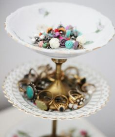 DIY Vintage Jewelry Stand..