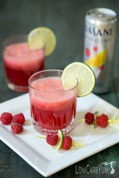 Make any day special with this low carb sparkling raspberry limeade mocktail. It's a low calorie sweet fruity drink to help you make every moment sparkle. Fruity Alcohol Drinks, Sparkling Drinks, Yummy Drinks, Alcoholic Drinks, Beverages, Mocktail Drinks, Fun Drinks, Healthy Food Blogs, Good Healthy Recipes