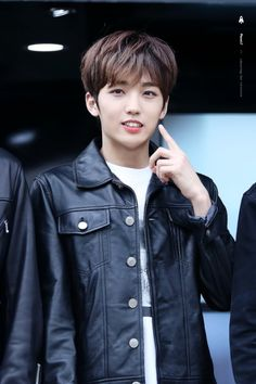 UP10TION Sunyoul jacket