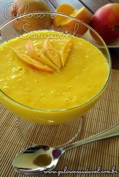 Sugestão simples, rápida, levinha e deliciosa, esta Mousse de Manga Fácil com Iogurte!  #Receita aqui: http://www.gulosoesaudavel.com.br/2012/01/13/mousse-manga-facil-iogurte/