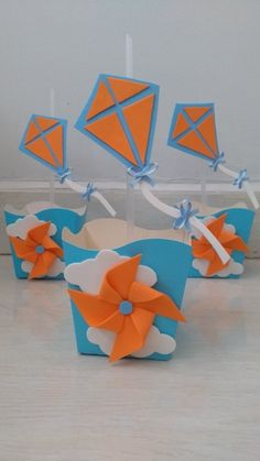 Resultado de imagen para convite de aniversario pipa Cloud Party, Diy And Crafts, Crafts For Kids, Snoopy Party, Baby Boy Birthday, Kids Party Games, Cat Party, Baby Center, Baby Boy Shower