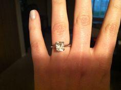 Engagement ring cushion cut 2.2