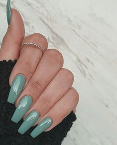 In seek out some nail designs and some ideas for your nails? Listed here is our listing of must-try coffin acrylic nails for modern women. Acrylic Nails Natural, Simple Acrylic Nails, Almond Acrylic Nails, Summer Acrylic Nails, Best Acrylic Nails, Acrylic Nails Green, Mint Green Nails, Acrylic Gel, Frensh Nails