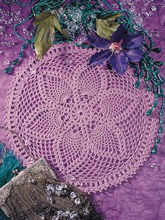 Picture of A Baker's Dozen Easy Crochet Doilies