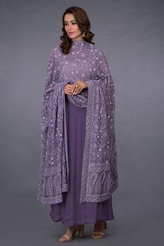 Mulled Grape Chikankari and Kamdani Dupatta With Suit Pakistani Dress Design, Pakistani Outfits, Indian Outfits, Dress Indian Style, Indian Dresses, Designer Anarkali Dresses, Designer Dresses, Kurta Designs Women, Blouse Designs