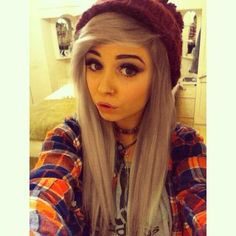Sexy emo and scene girls gallery Ombre Pastel Hair, Bob Pastel, Grunge Pastel, Dye My Hair, Leda Muir, Finger Coils, Style Rihanna, Emo Haircuts, Indie Scene Hair
