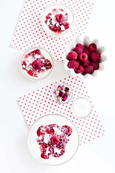 Coconut Panna Cotta with Raspberries and Rosewater | iFood, July 2015 [Original recipe in Italian]