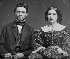 1855 couple (half-lace gloves)