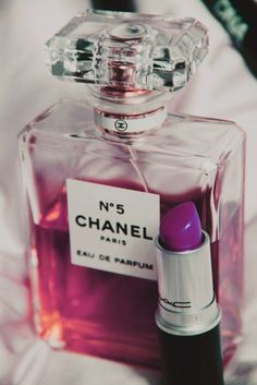 Chanel 5, the first perfume i received as a gift.  Love it!