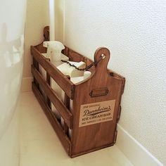 Bathroom,ミルクペイントアンティークメディウム,トイレブラシ入れはDIY,カッティングボード,すのこ,セリア,ダイソー mika_の部屋