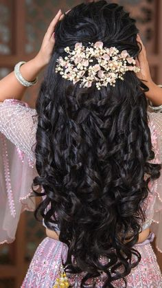 Lehenga Hairstyles, Hairstyles For Gowns, Braided Bun Hairstyles, Crown Hairstyles, Bride Hairstyles, Braided Hair, Quince Hairstyles, Latest Hairstyles, Engagement Hairstyles