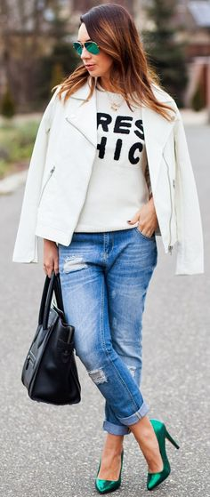 Ripped jeans, amazing green pumps and white jacket So chic and casual cool!