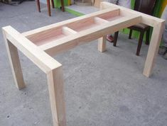 make your own furniture Dining Table With Drawers, Wooden Dining Table Designs, Wooden Dining Tables, Glass Dining Table, Wood Table, Diy Furniture Projects, Woodworking Projects Diy, Woodworking Furniture, Furniture Legs