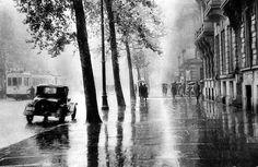 Léonard Misonne - Grand Boulevard, Paris, c.1930