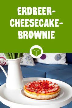 Frühling kann so lecker sein. Ohne Erdbeeren wäre der Frühling wohl nur halb so lecker. In diesem Rezept haben nicht nur Erdbeeren ihren großen Auftritt, der Erdbeer-Cheesecake-Brownie vereint auch noch die leckersten Kuchen der Welt - Brownie und Käsekuchen alias Cheesecake.