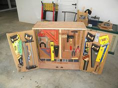 The Smallest Workshop in the World : 15 Steps (with Pictures) - Instructables Used Woodworking Tools, Woodworking Workshop, Woodworking Projects Diy, Diy Wood Projects, Woodworking Plans, Workbench Plans, Wood Tool Box, Wood Tools, Diy Tools