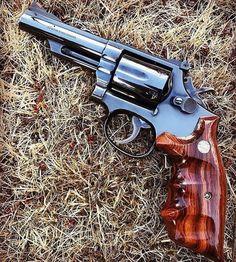 "S&W model 19 ""Combat Magnum"" Magnum barrel Pinned and recessed Combat stocks Pure sex . Rifles, 357 Magnum, Weapons Guns, Guns And Ammo, Revolver Pistol, Shooting Guns, Custom Guns, Cool Guns, Firearms"
