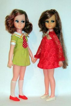Uneeda   Mod fashion doll, Jennifer, (released in 1972) -  Japan's Takara Grow Hair Doll Miss Take,1970  Emily & Hitomi