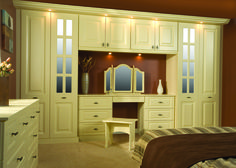 maybe not this colour but these built ins are awesome! plus great use of space for a dressing table Pine Wardrobe, Built In Wardrobe, Bedroom Built Ins, Fitted Bedrooms, Small Bedroom Designs, Bedside Cabinet, Red Design, Showcase Design, Modern Bedroom