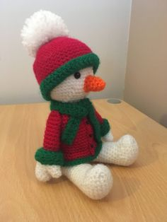 This amigurumi sitting snowman is wrapped up in his coat ready for christmas. It is part of my sitting christmas range. Crochet Christmas Gifts, Crochet Gifts, Christmas Home, Christmas Crafts, Christmas Stuff, Christmas Ideas, Crochet Snowman, Free Pattern, Crochet Patterns